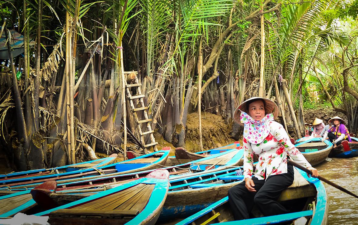 voyager-balade-barque-vietnam