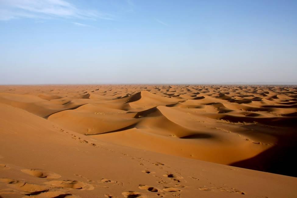 Dunes de sable de Chégaga dans le désert du Sahara au Maroc