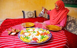 Nourriture, eau, alcool dans les villages d'accueil