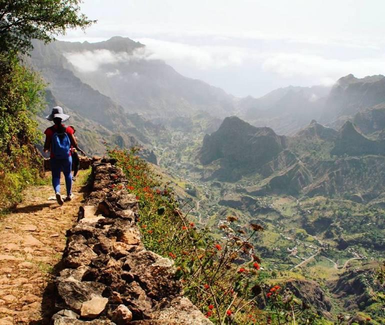 Paysage dans la vallée de Paul sur l'île de Santo Anto au Cap-Vert