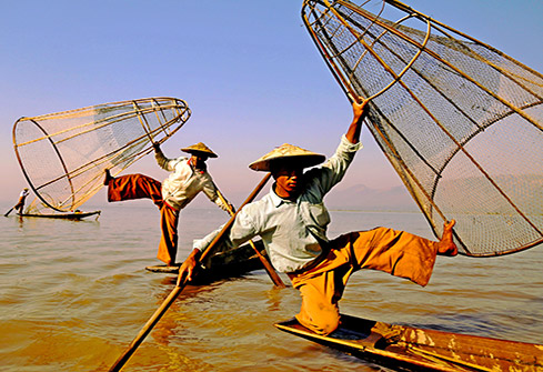 Pêcheurs sur le lac Inlé en Birmanie