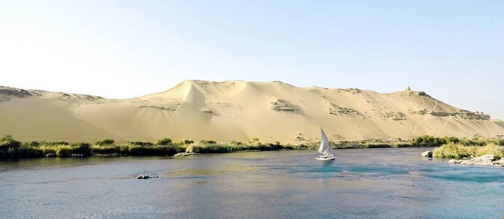 Rive du Nil près d'Assouan au sud de l'Egypte