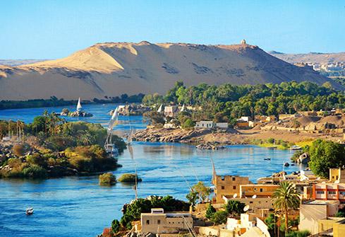 Paysage d'Assouan et les rives du Nil en Egypte