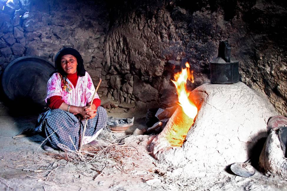 Four à pain traditionnel dans la région de Taliouine dans l'anti-Atlas au Maroc