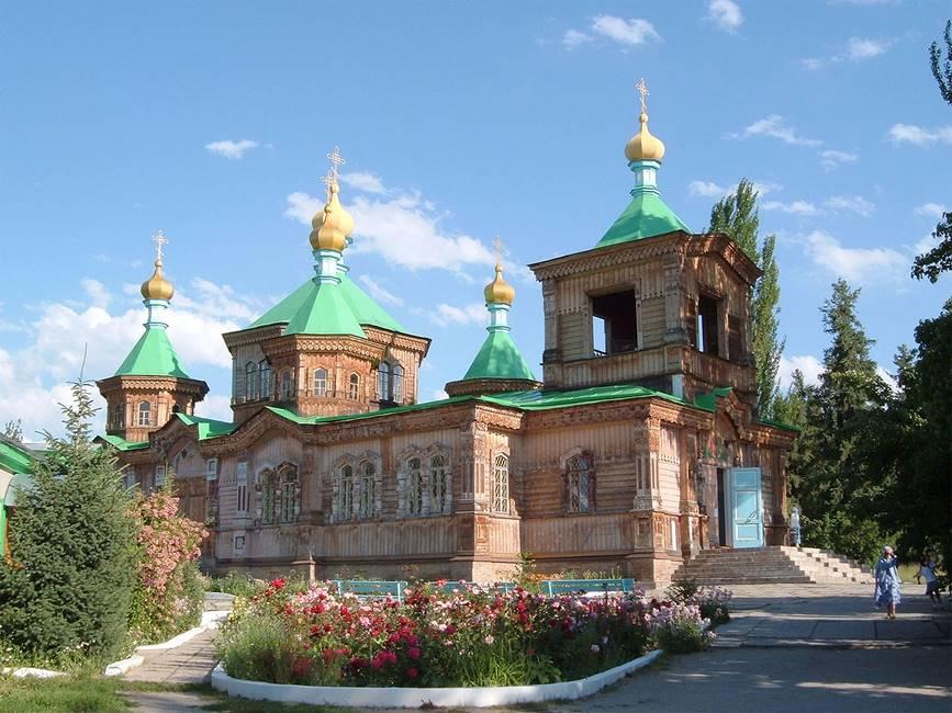 Cathédrale de Karakol au Kirguizistan