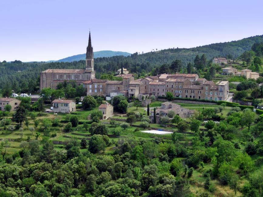 Village de Banne en Ardèche