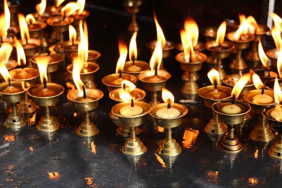 Bougies offrande à Katmandou, Népal