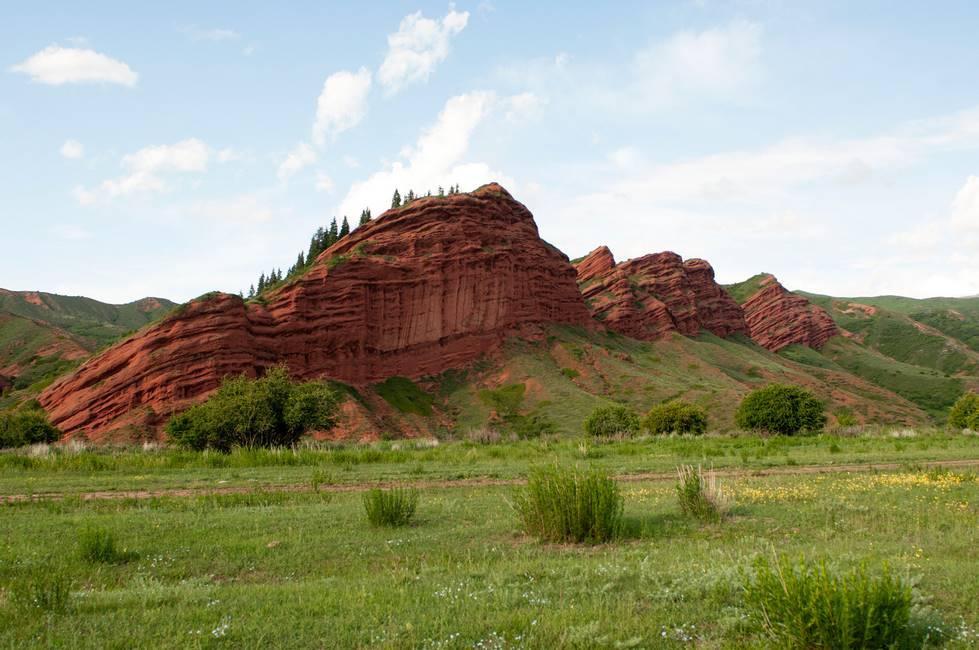 Paysage de la vallée de Jety Oguz au Kirghizistan