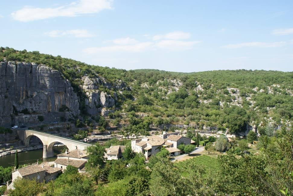 Gorges de l'Ardèche et pont de Balazuc